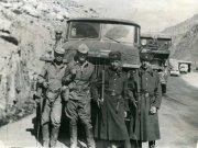 Осинцев Андрей (третий слева) на службе