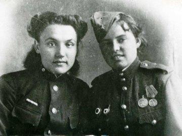 Костерина Надиа, Лысачук Нина, 1943 г., Тобольск